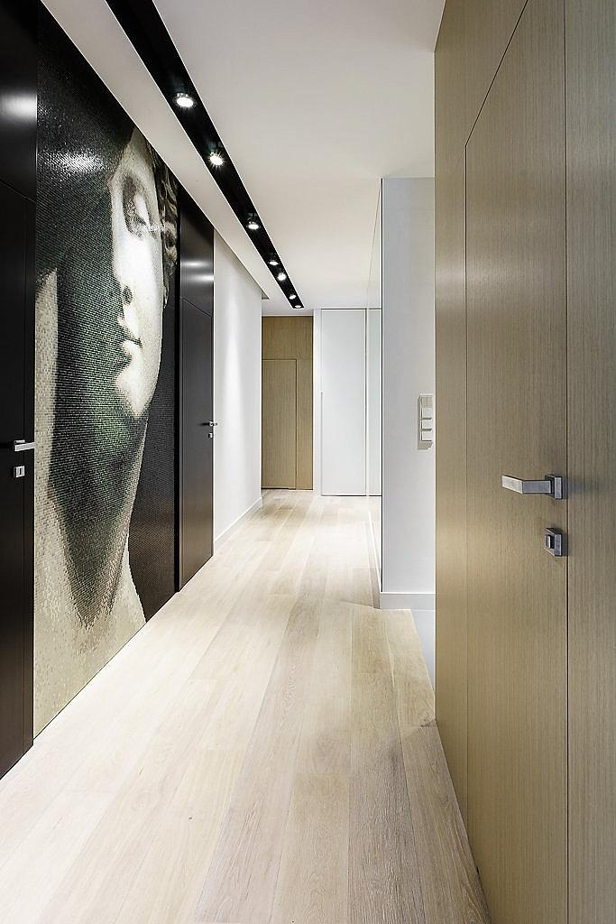 стилен апартамент със светъл интериор в полша_14