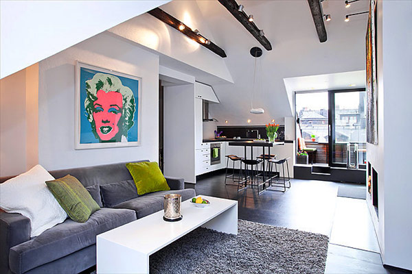 картини над дивана