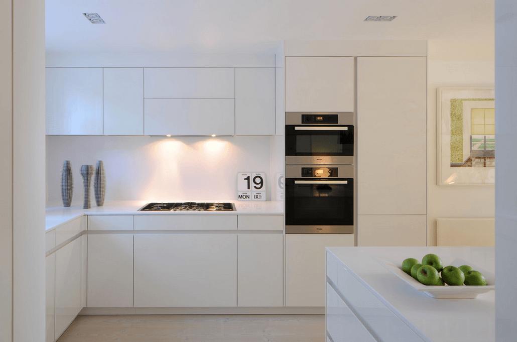 кухня в бяло 25