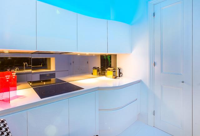 кухня в бяло 31