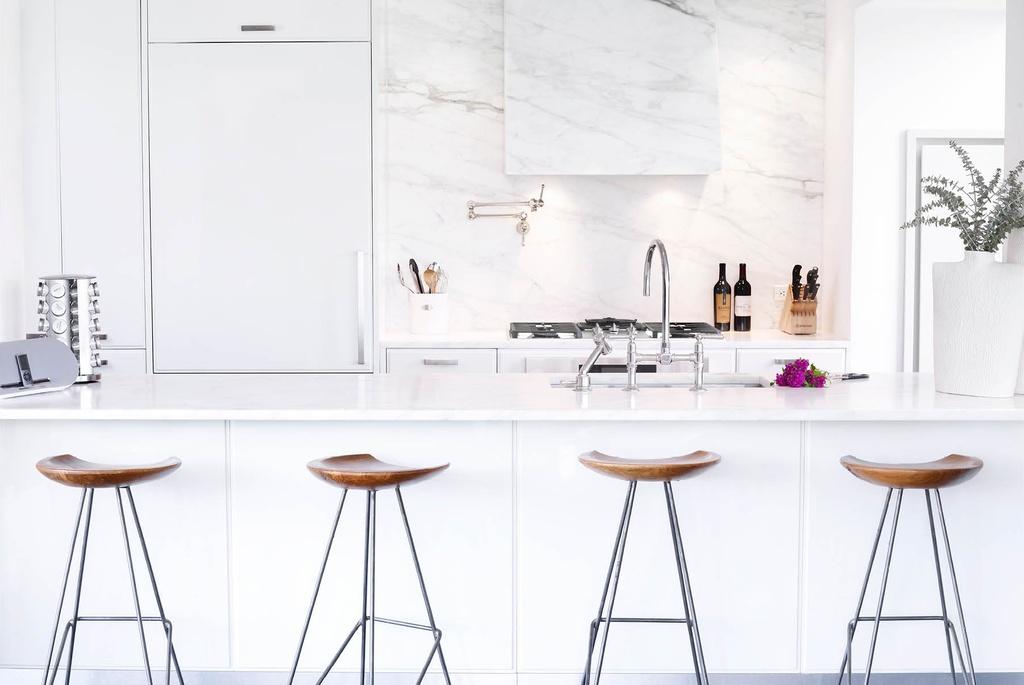 кухня в бяло 33