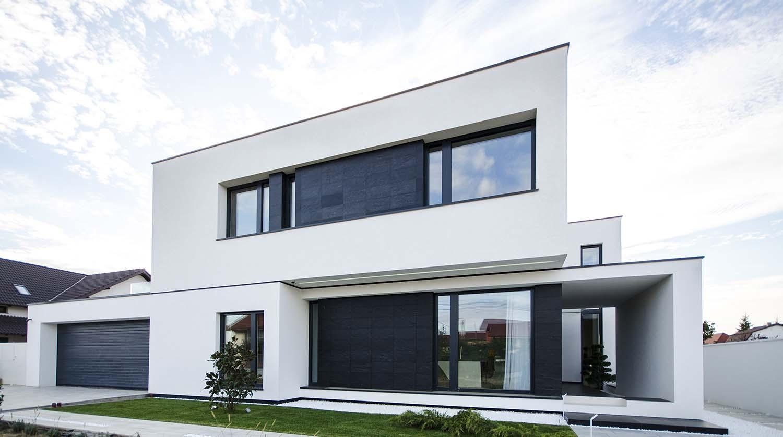 къща черно бяло 1