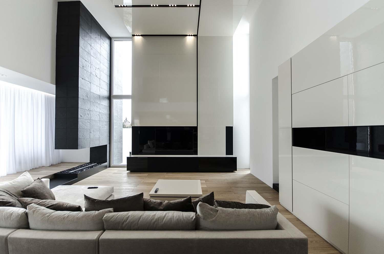 къща черно бяло 10