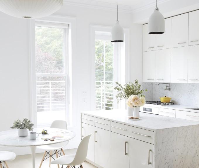 кухня в бяло 34