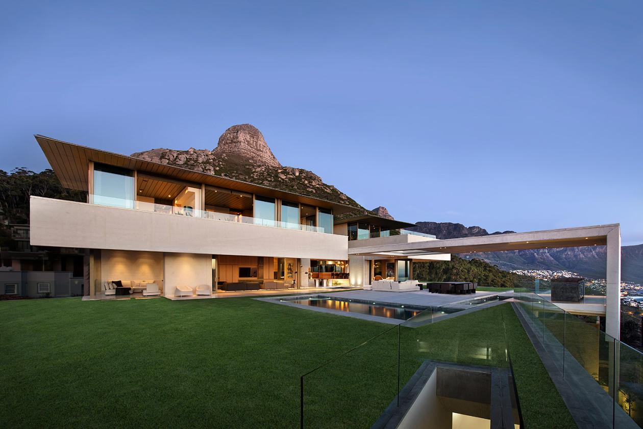 къща с панорамни гледки 2