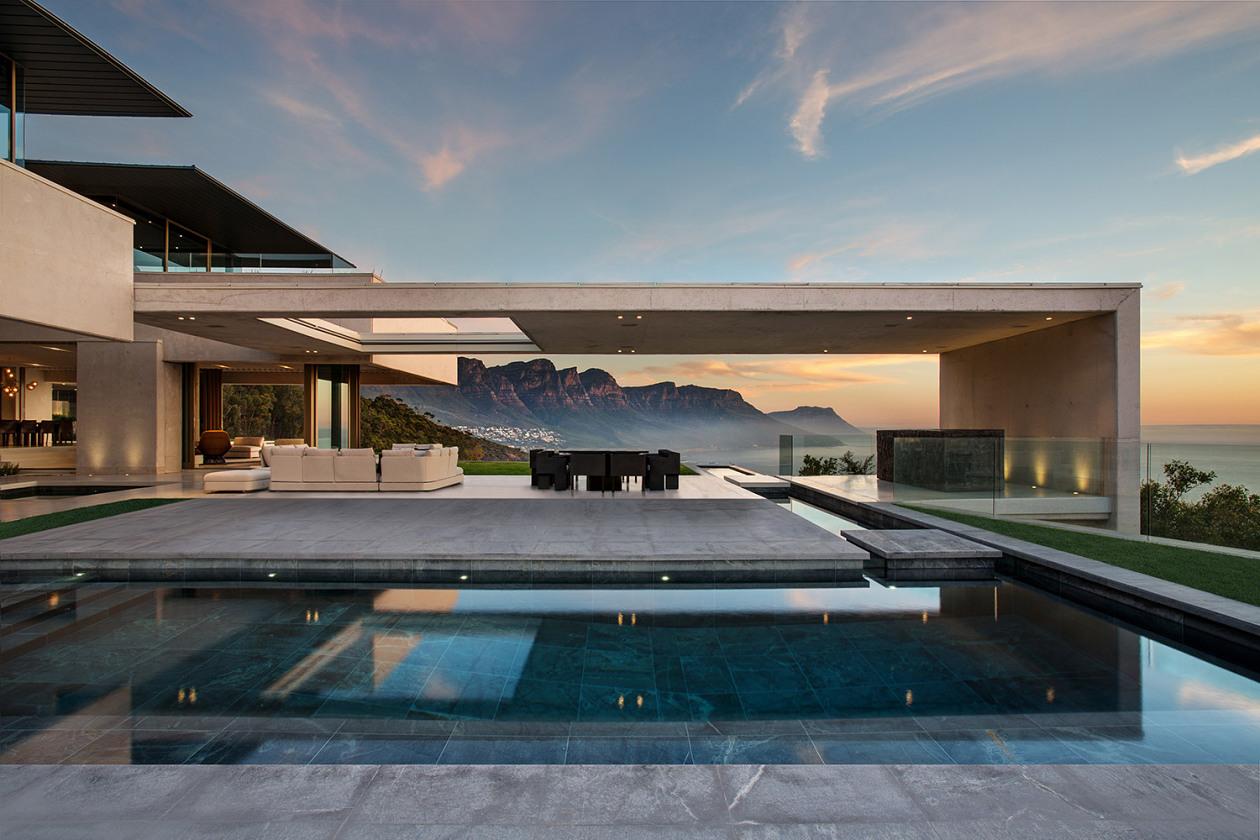 къща с панорамни гледки 3