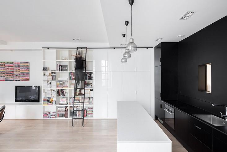 черно бяла кухня 8-2