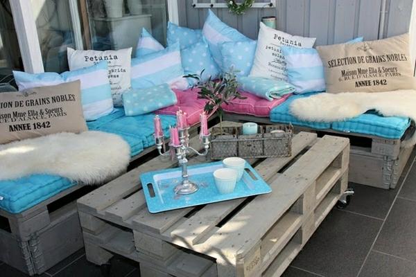 диван и маса от палети