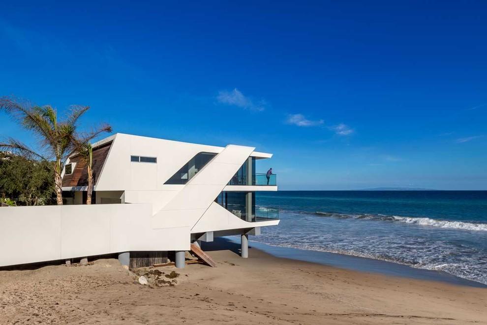 къща на плажа 1