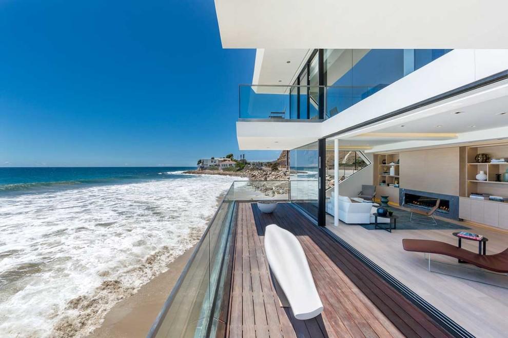 къща на плажа 3