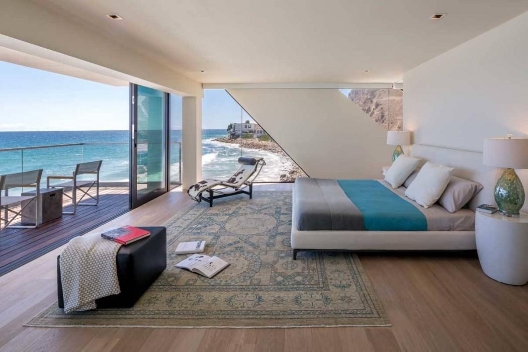 къща на плажа 6