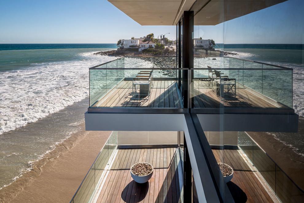 къща на плажа 8