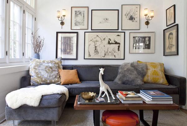 широк диван