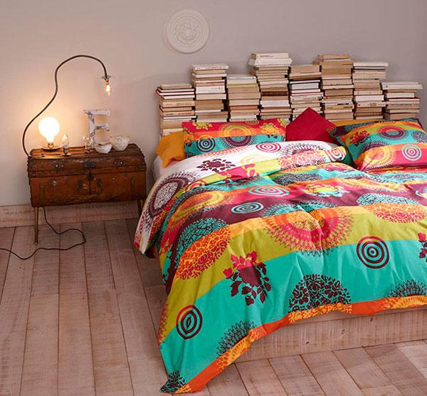 книги зад леглото - 1
