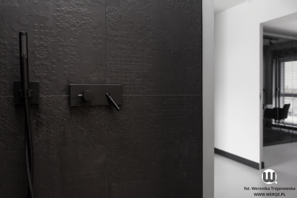 черно бял апартамент - 11
