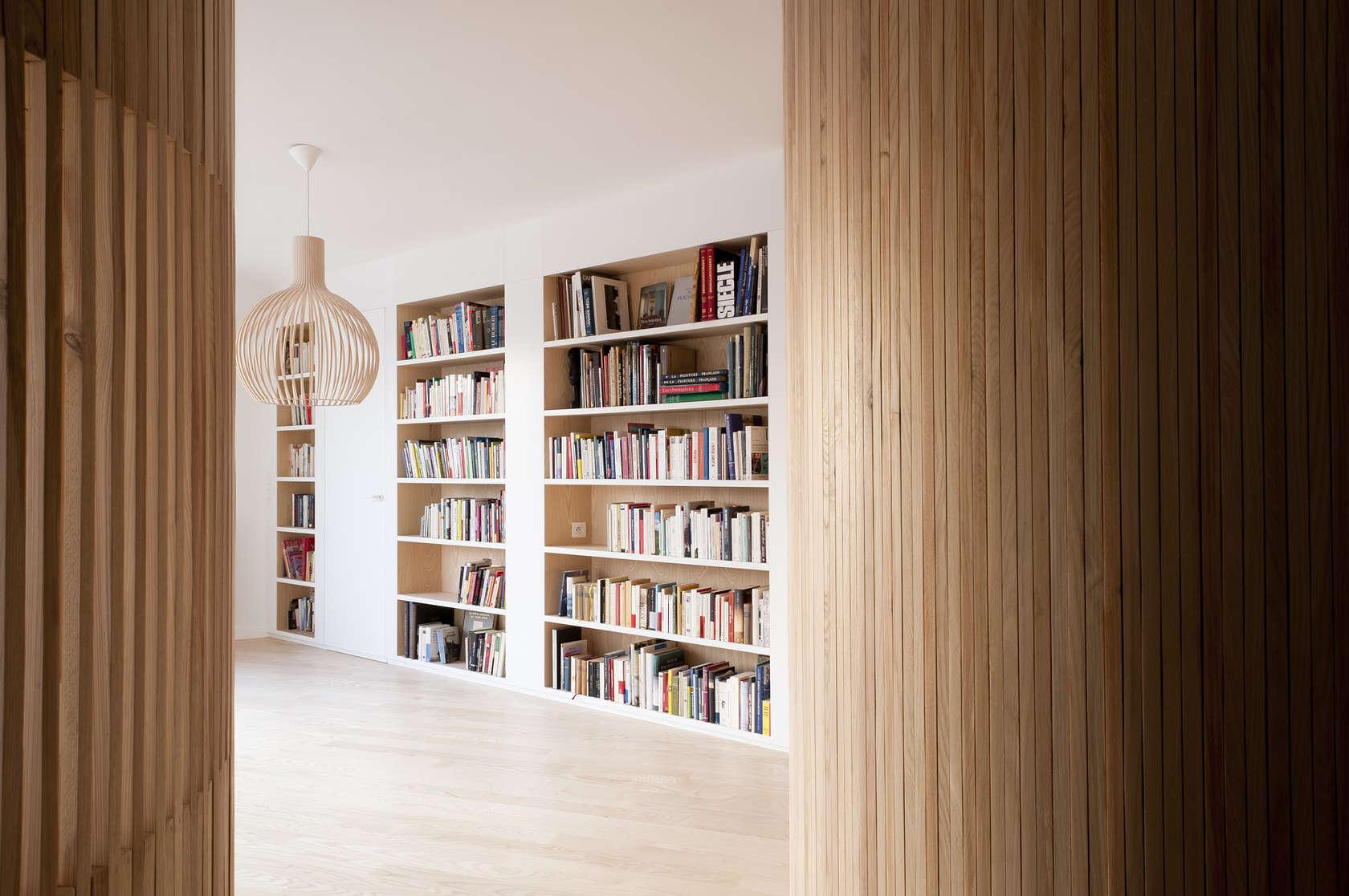 Апартамент със заоблени стени и интересно разположение - 11