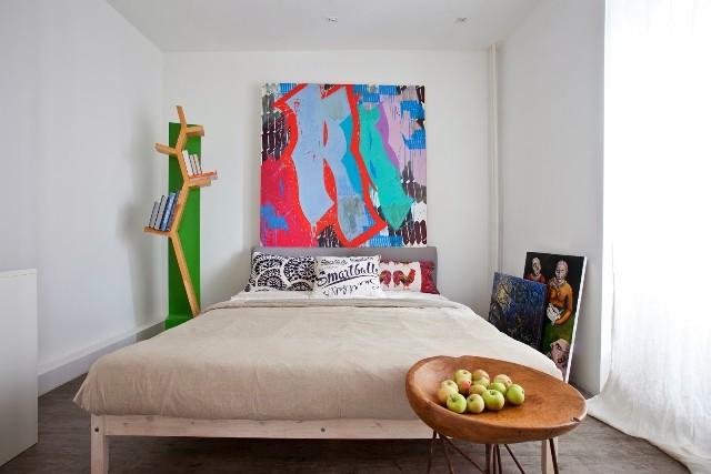 малък апартамент с бетонни стени - 11