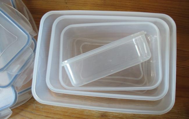 пластмасови кутии