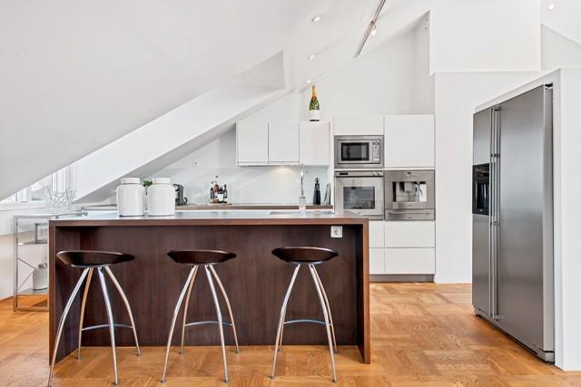 свеж просторен скандинавски апартамент - 11