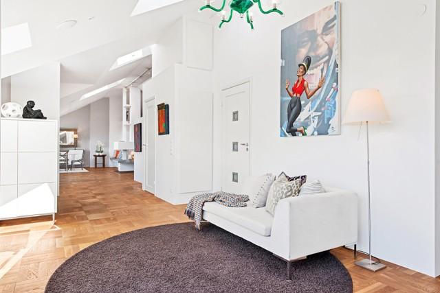 свеж просторен скандинавски апартамент - 18