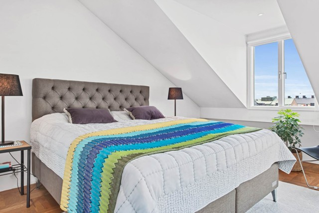 свеж просторен скандинавски апартамент - 23