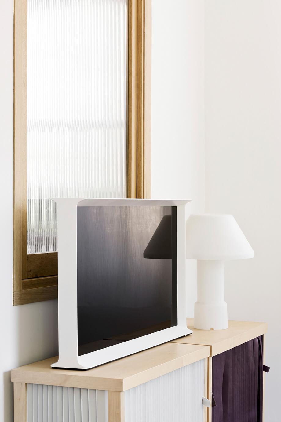 телевизор Samsung Serif - 5
