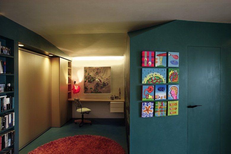 апартаментът с цветните кутии - 4