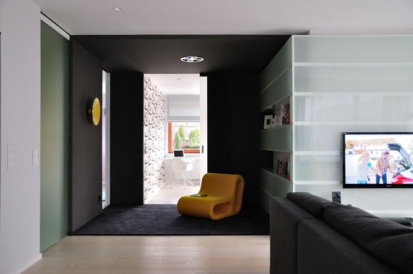жилище с оригинален и модерен интериор - 10