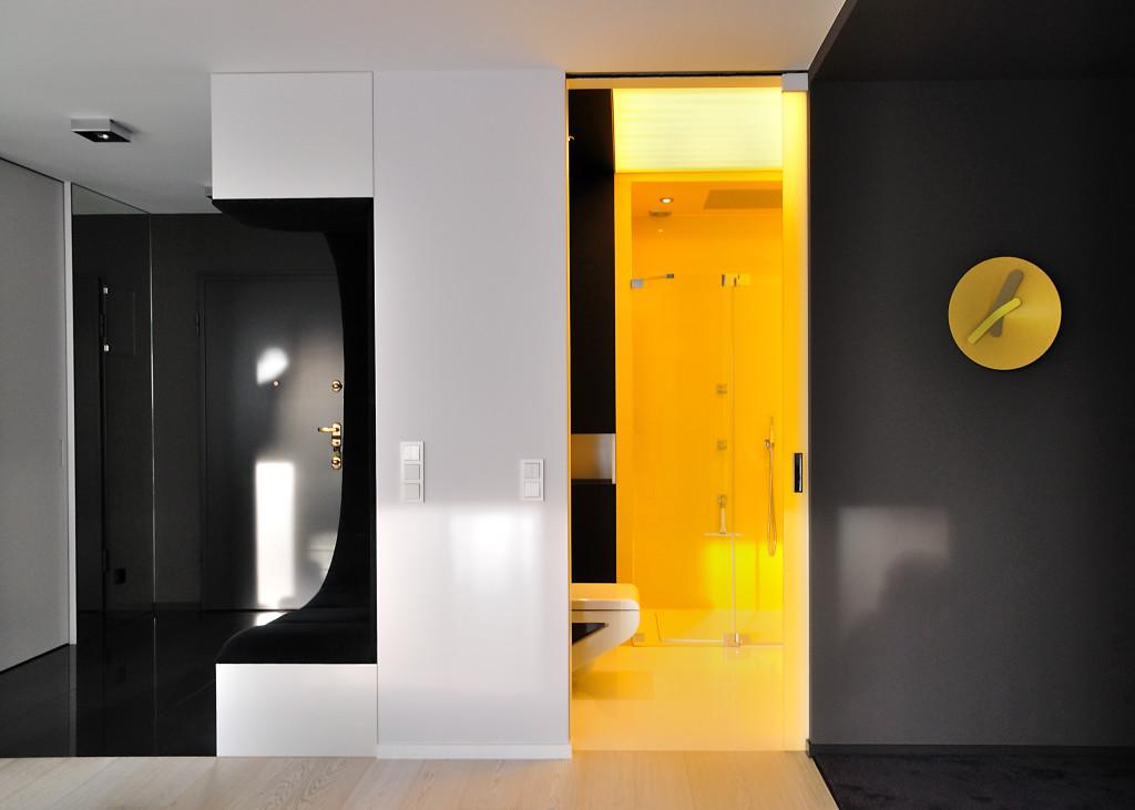 жилище с оригинален и модерен интериор - 23