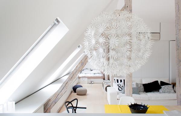 светло таванско жилище - 16