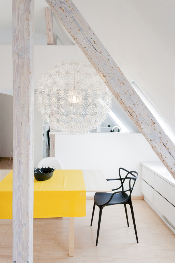 светло таванско жилище - 9