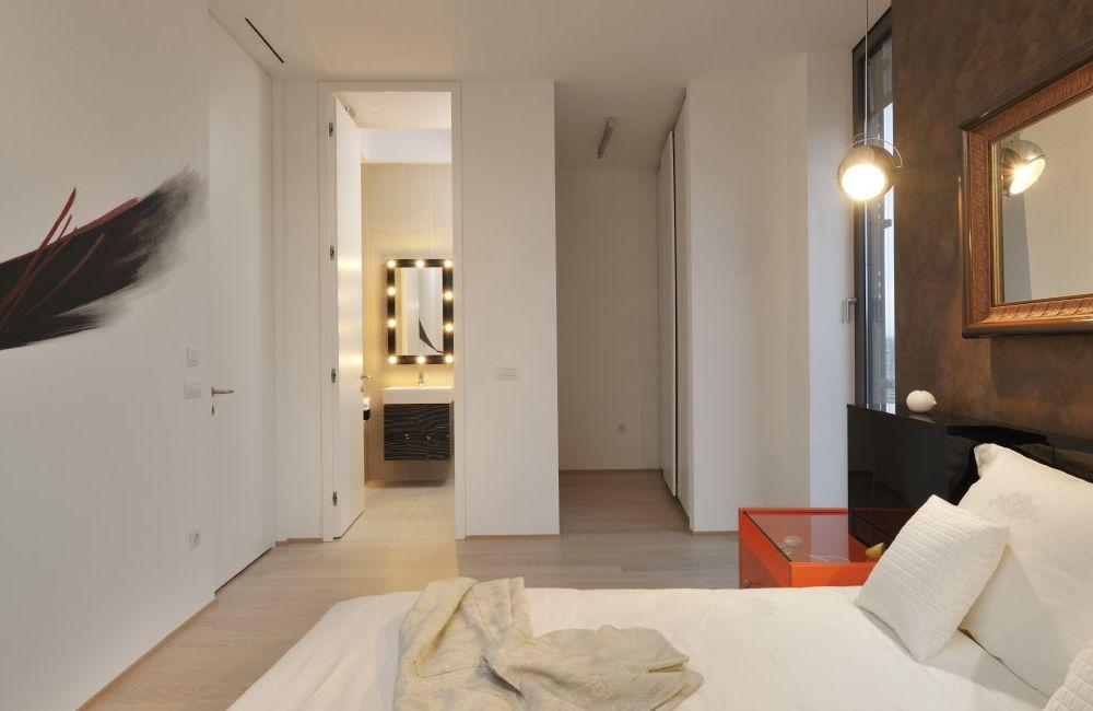 семеен апартамент с огромна тераса - 14