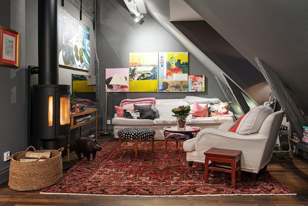 скандинавски апартамент с тъмни стени - 14