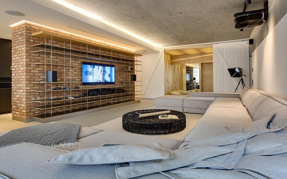 120 кв. м апартамент за разточителна почивка - 1