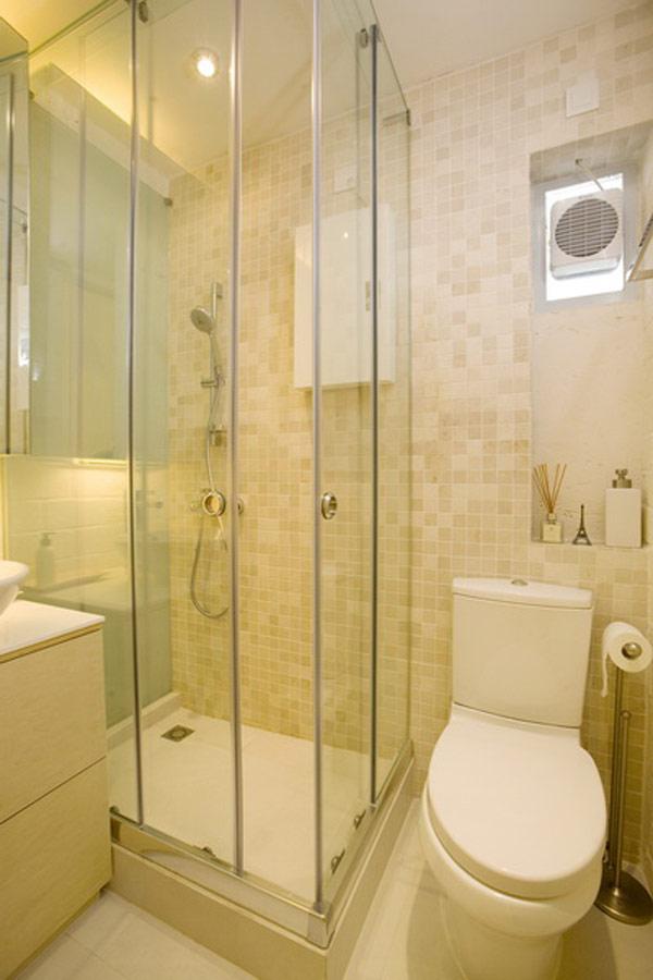 Гениални решения в уютния 39 кв. м апартамент_душ кабина