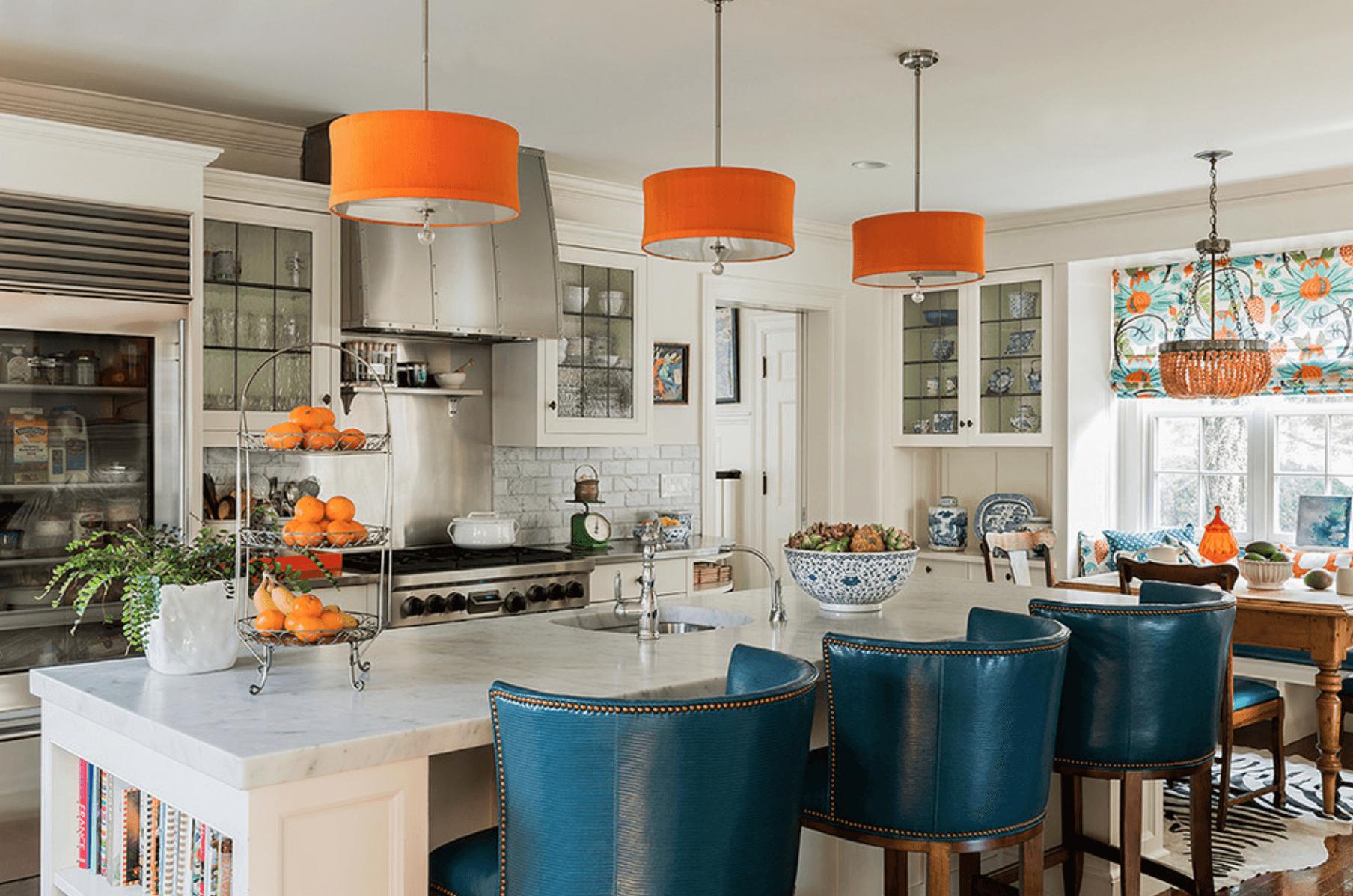 кухня с оранжево и синьо_1