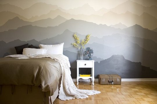 акцентна стена - нарисувани планини