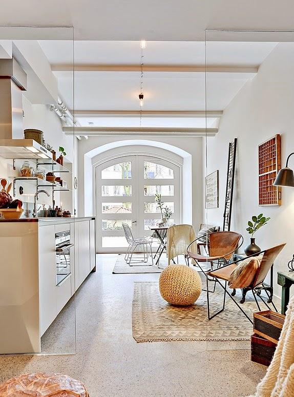 малък апартамент със стъклени прегради_33 кв. м_1