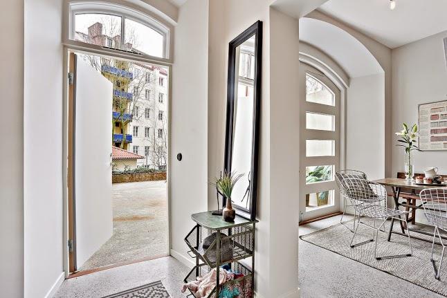 малък апартамент със стъклени прегради_33 кв. м_7