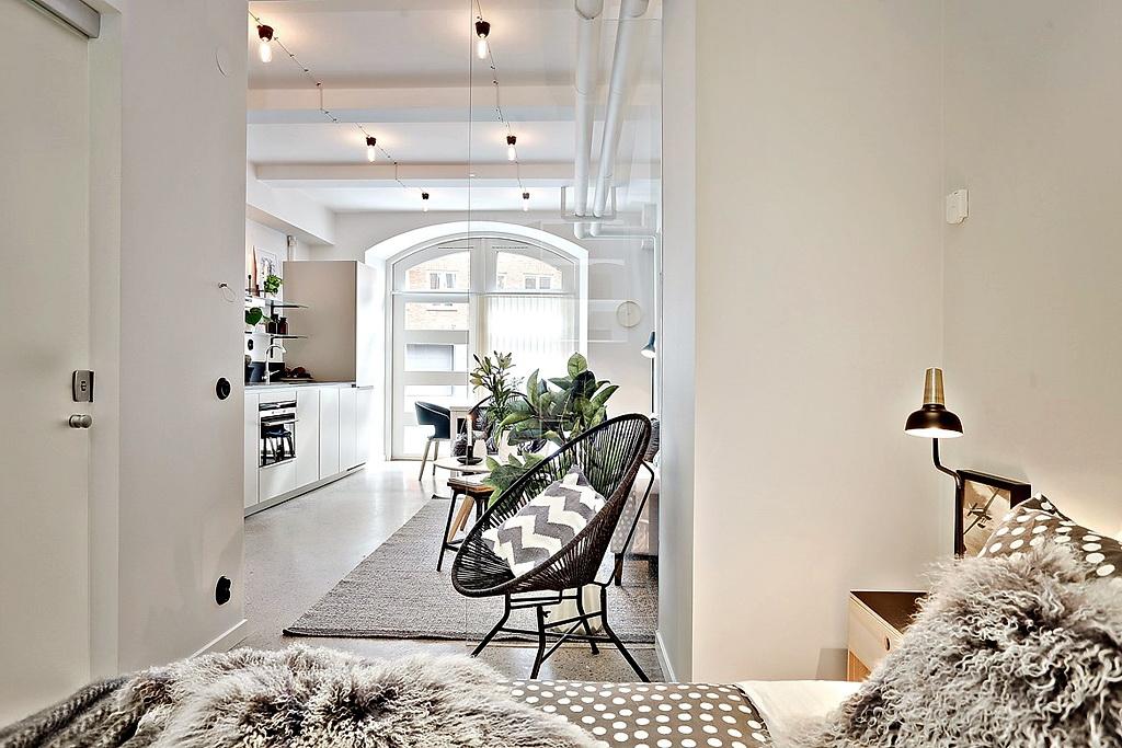 малък апартамент със стъклени прегради_35 кв. м_7