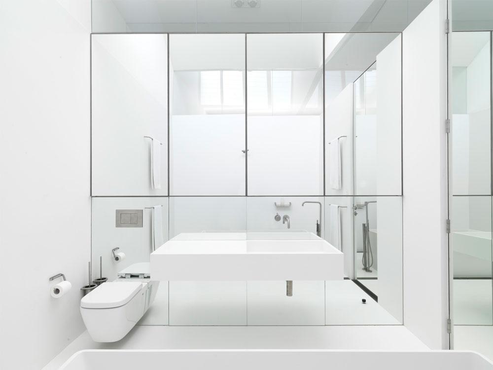 огледална стена в банята_2