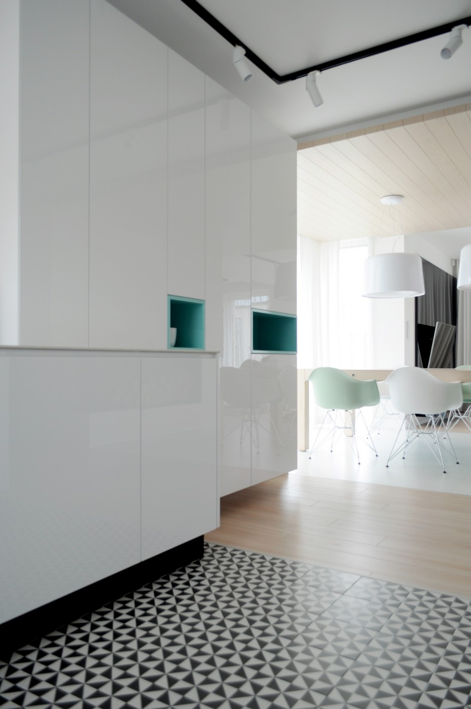 свежо и минималистично жилище в Полша_8