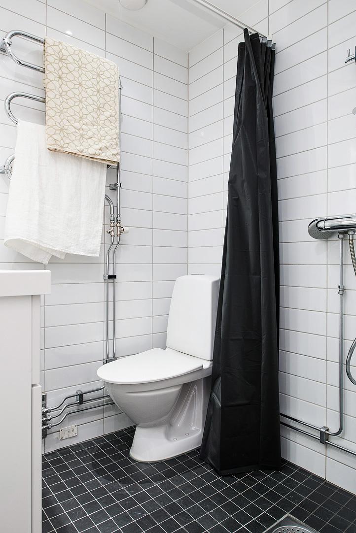 светъл двустаен апартамент в скандинавски стил_баня 1