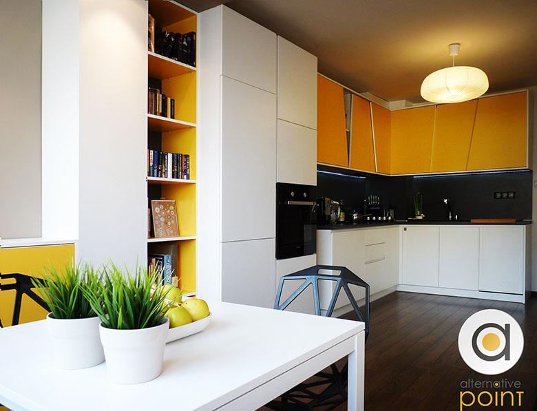 Кухня с плъзгащи врати_1