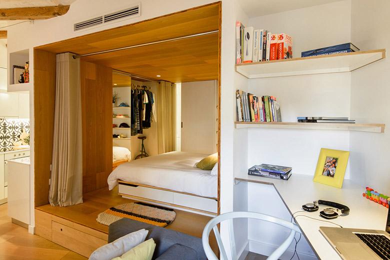 отделена спалня