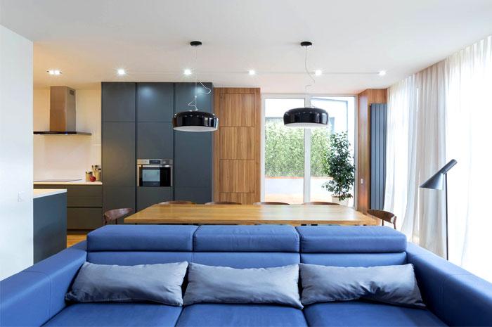 Функционален и стилен апартамент в Киев_2