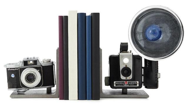 държач за книга - камери