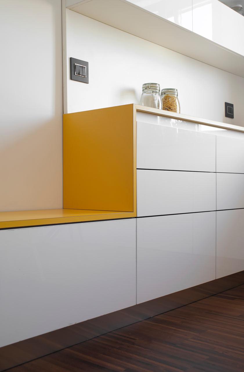 кът за хранене - шкаф пейк 2