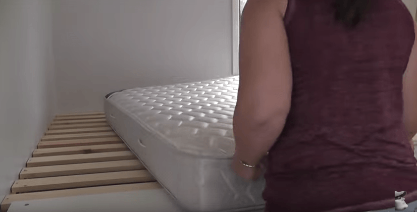 легло върху шкафове_11