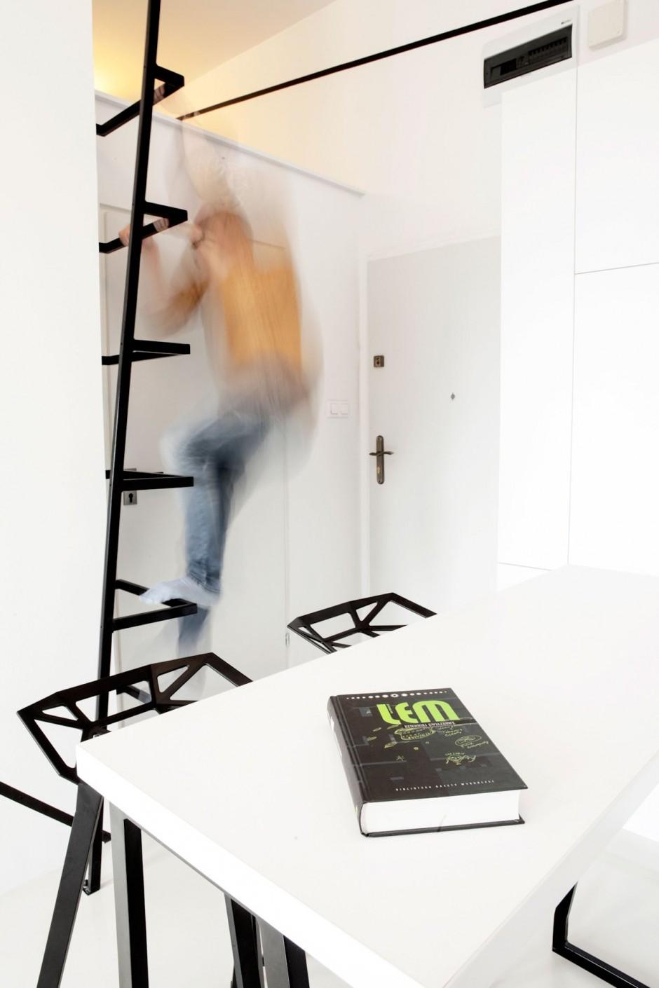 черно бял интериор в 26 кв. м жилище_11